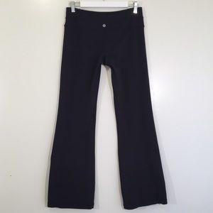 Lululemon black reversible flare yoga leggings 8